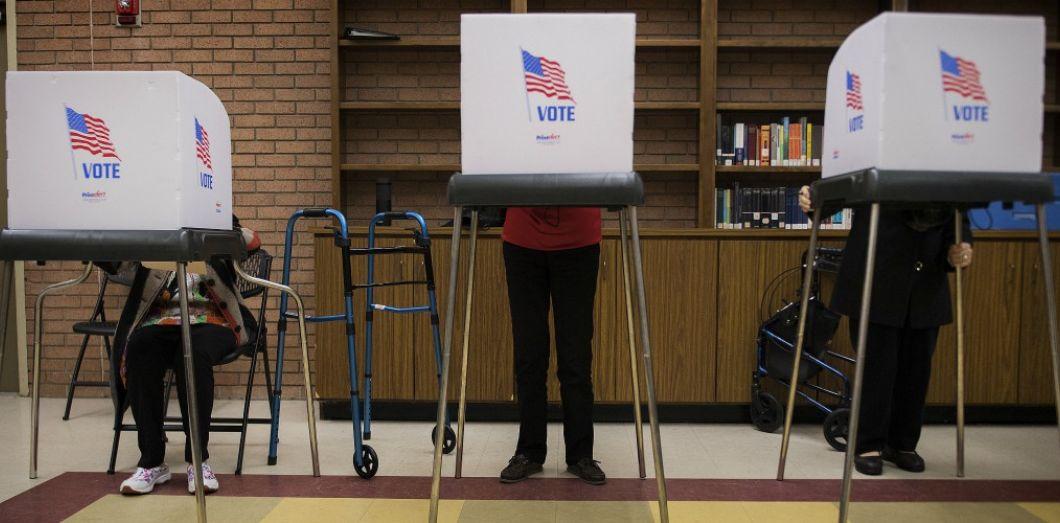 Un bureau de vote dans le Maryland en octobre 2018.   Jim Watson / AFP