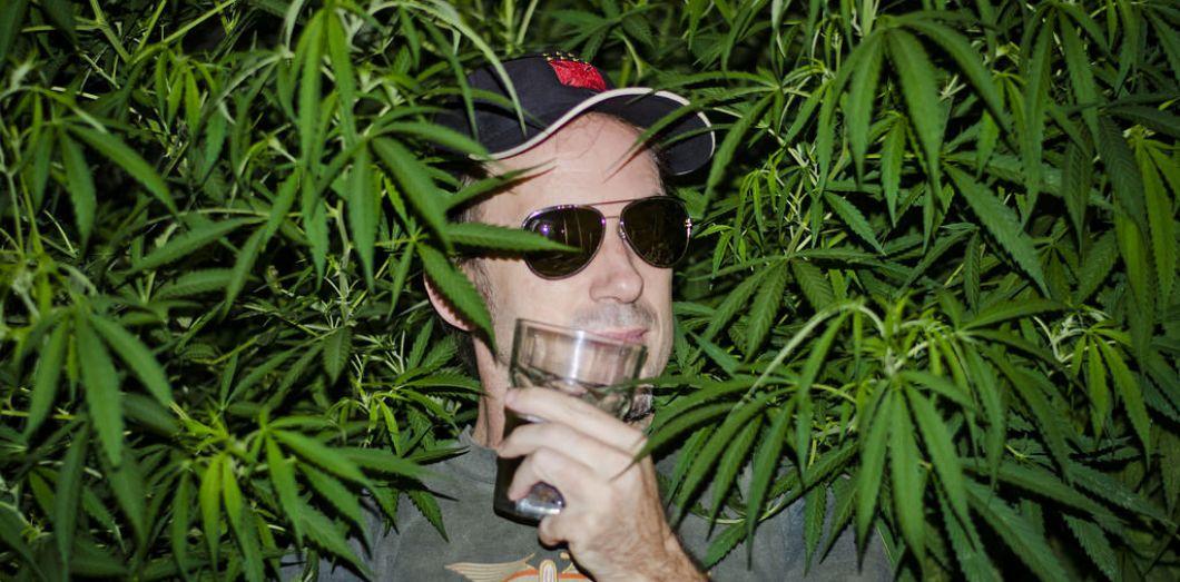 La consommation d'alcool et de cannabis partagent une nocivité commune sur le cerveau | M@XONGS via Flickr CC License by