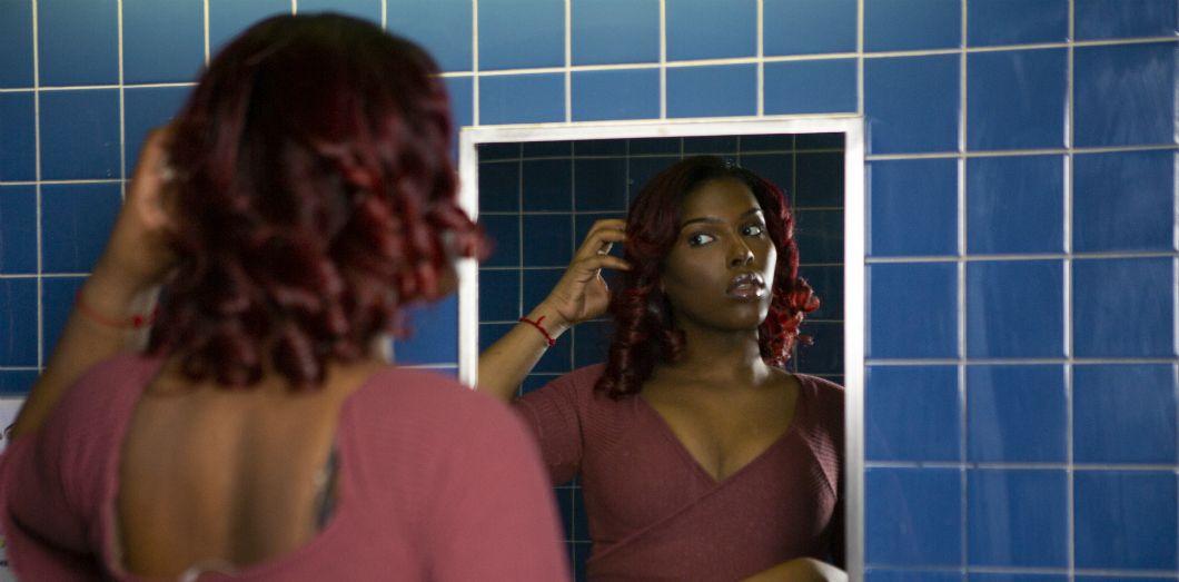 Le mercure est un ingrédient courant dans les cosmétiques éclaircissants en raison de ses propriétés anti-mélanine. | Zackary DruckerviaThe Gender Spectrum Collection by Broadly