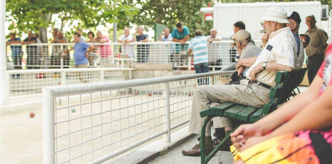 Les personnes âgées souffrent toujours plus pendant la canicule. | Harnel Hasanovic via Unsplash License by