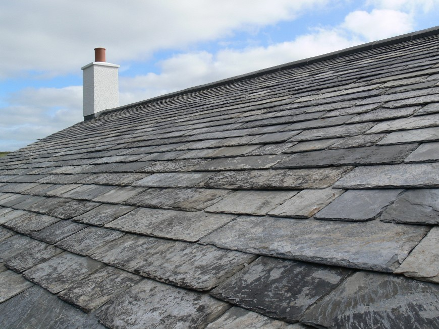 the benefits of slate roofing tiles