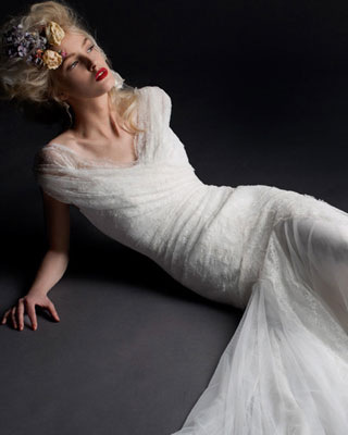 Cymbeline Hilona wedding dress