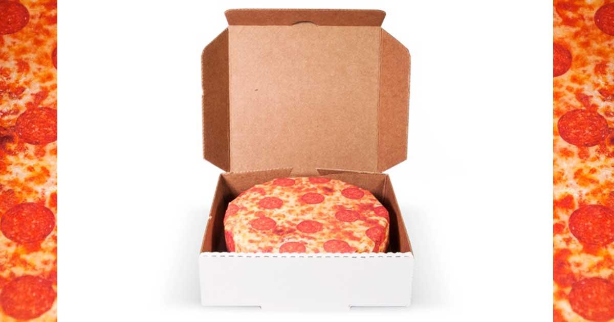 pizza geschenkpapier eine sch ne bescherung sleazemag. Black Bedroom Furniture Sets. Home Design Ideas