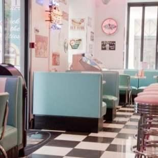 mobilier-pour-les-restaurant–vintage