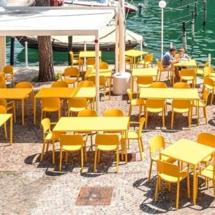 mobilier-pour-terrasse-de-restaurant