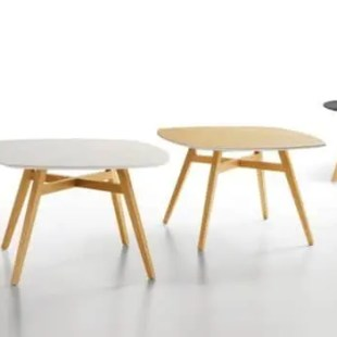 tables-design-en-bois-pour-restaurant-et-bar