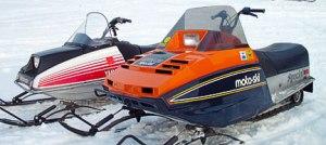 Vintage moto ski and yamaha snowmobile