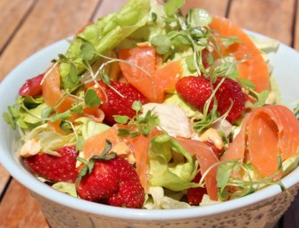 Salmon Salad with Strawberries and Walnuts Recipe