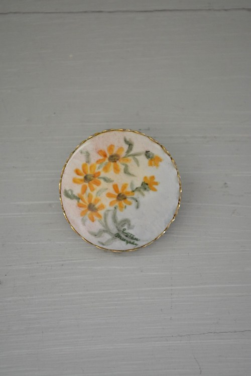 Painted Brooch, Hand Painted Brooch, Vintage Brooch, Flower Brooch