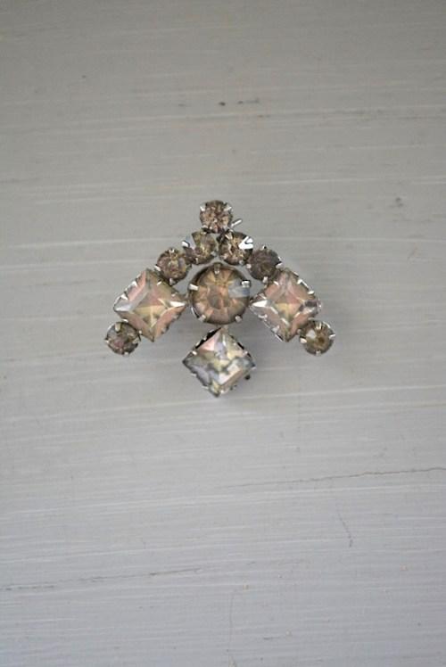 Arrow Brooch, Vintage Brooch, Rhinestone Brooch