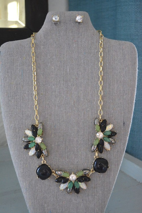 Black Fan Necklace Set, Fan Medallions, Black Jewelry, Necklace and Earrings,