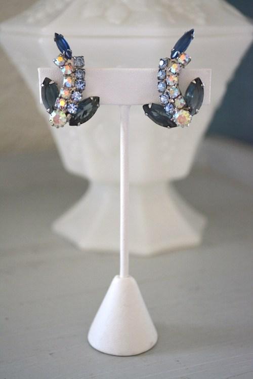 Blue Topaz Earrings, Vintage Earrings, Vintage Rhinestone Earrings, Vintage Earrings, Aquamarine Earrings, Iridescent, Bride, Bridal Earrings, bridal jewelry, Wedding, Prom,