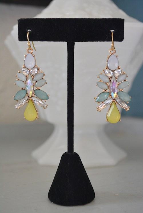 Icy Mint Earrings, Mint Earrings, Spring Colors Earrings, Mint and Yellow Earrings