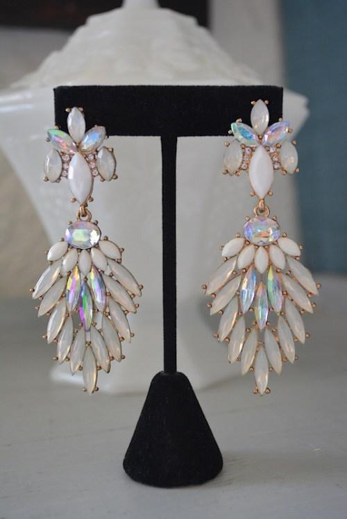 White Chandelier Earrings, White Earrings,Bridal Earrings, Bridal Jewelry,Snow White Earrings,Snow White, White Statement Earrings