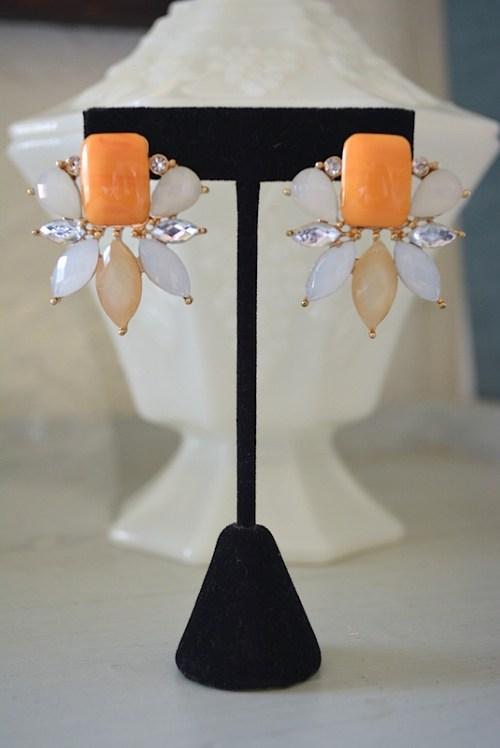 Peach and White Earrings,Peach Earrings,Neutral Earrings, Apricot Earrings,Orange Earrings, Orange and White Earrings