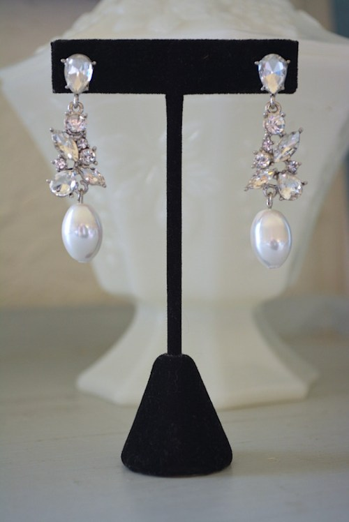 Rhinestone and Pearl Earrings,,Rhinestone Earrings,Pearl and Rhinestone Earrings,Bridal Earrings, Bridal Jewelry, Pearls and Diamonds Earrings