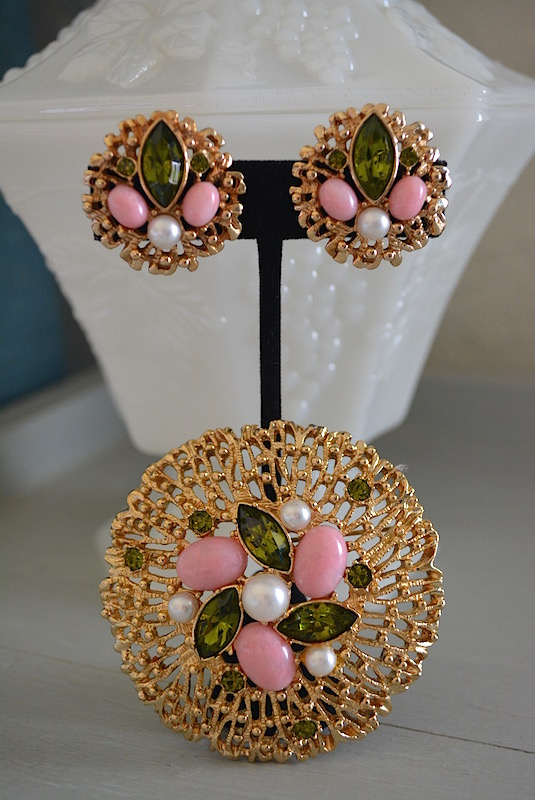 Gold and Pink Brooch Set,Sarah Coventry,Signed Sarah Coventry Jewelry,Sarah Coventry Brooch and Earrings,Sarah Coventry Brooch, Sarah Coventry Earrings, Fashion Splendor, 1970 Jewelry