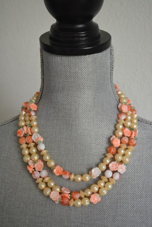 Peach Beaded Necklace, Peach Flowers Necklace, Peach Necklace, Orange Necklace, Cream Necklace, Cream Necklace, Tangerine Necklace