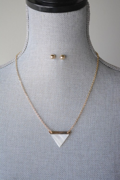 Mother of Pearl Necklace Set, Necklace and Earrings, Necklace Set, White and Gold Jewelry
