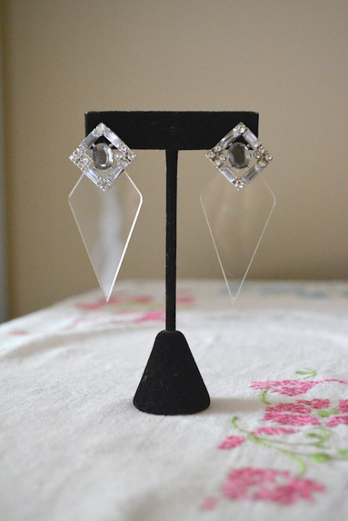 Clear Diamond Earrings, 1980's Inspired Earrings, 1980's Inspired Jewelry
