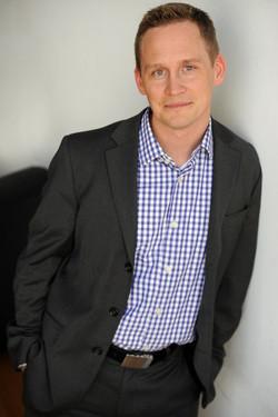 Dr. Chris Winter