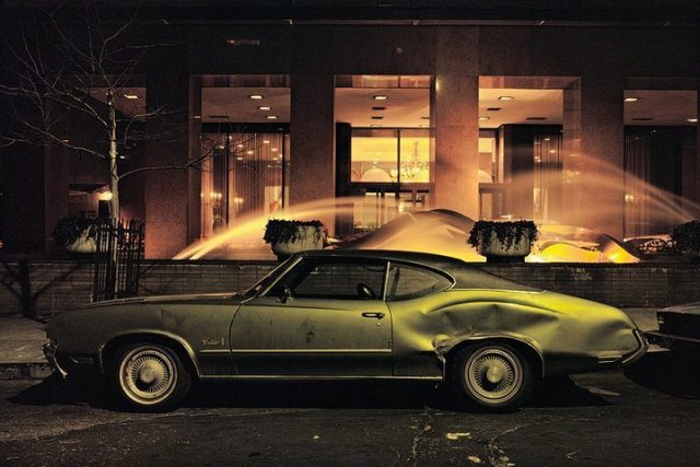 fountain-car-oldsmobile-cutlass-1975