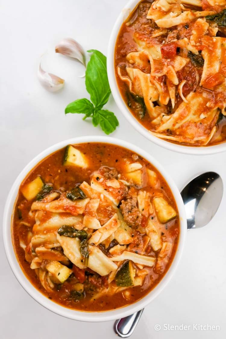 Healthy Slow Cooker Lasagna Soup with garlic, noodles, and ground beef.
