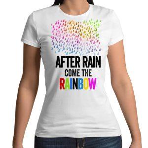 Tshirt 100% cotone con stampa frontale pioggia arcobaleno e scritta After the rain come the rainbow colore bianco