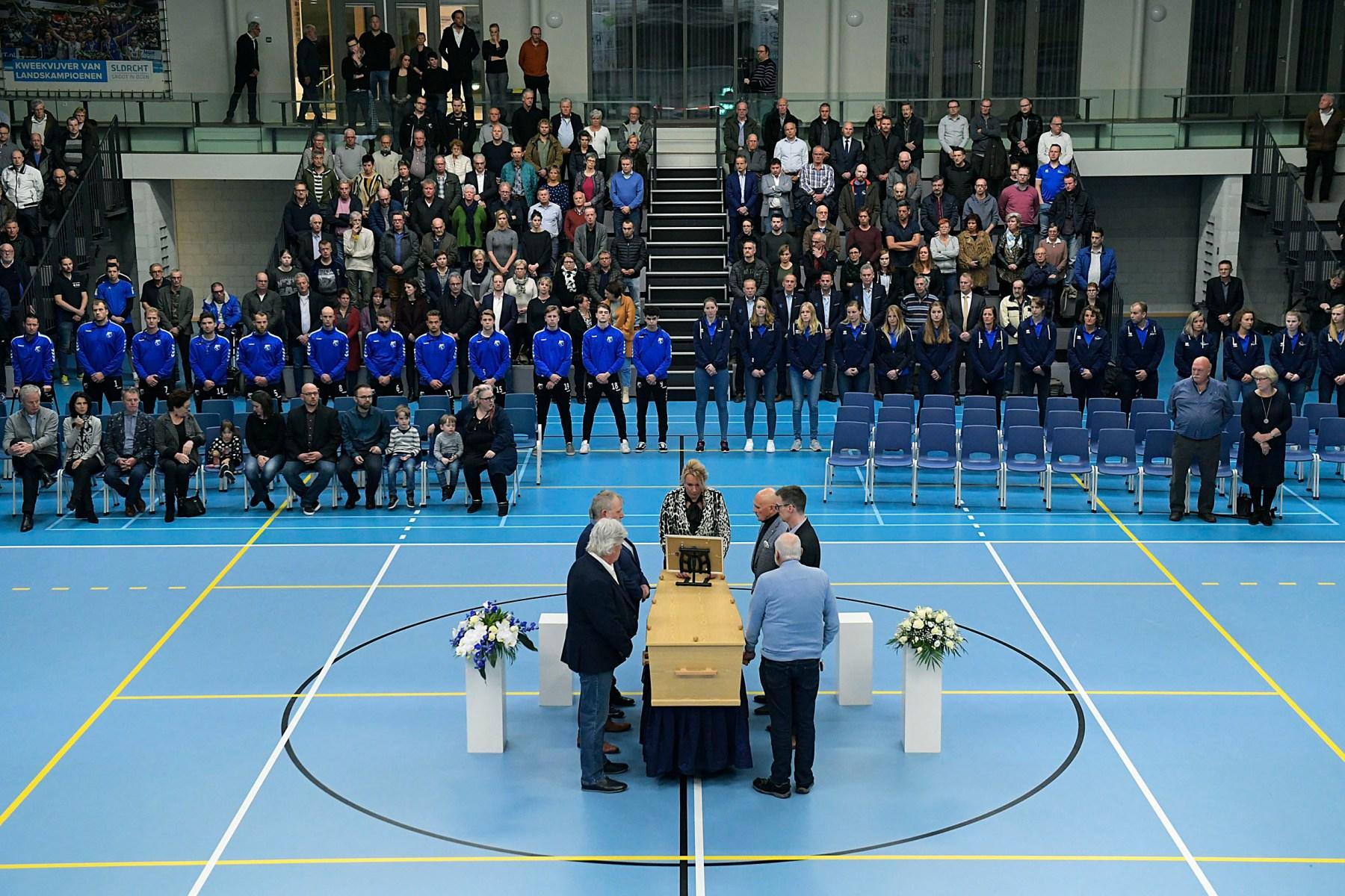 Mooie, indrukwekkende herdenking Wim van Mourik