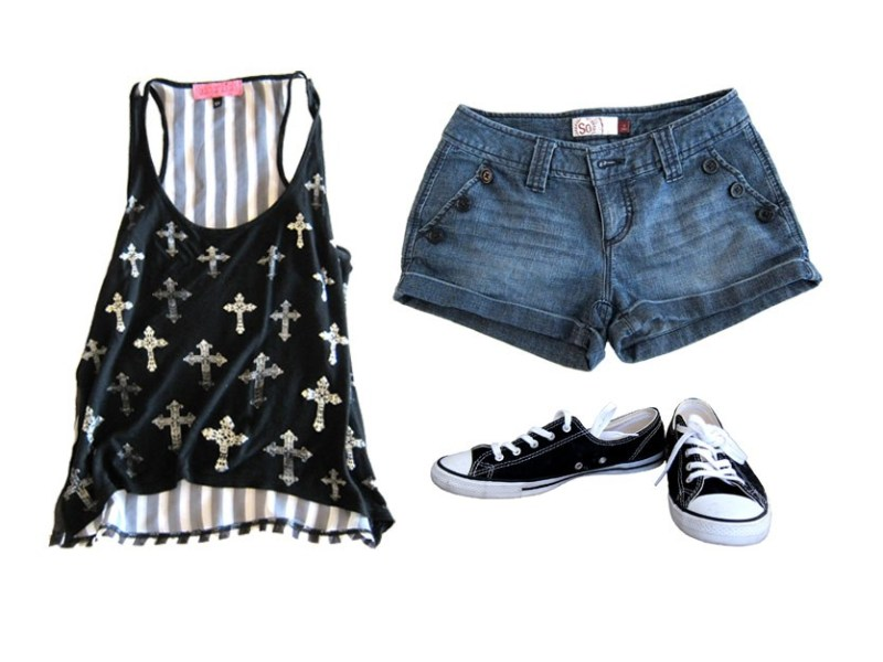 outfit 4: shorts, fashion tank, converse (hottest of the hot afternoons)