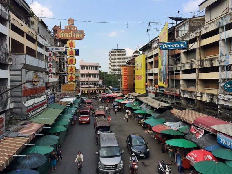 streets of Chiang Mai (by the Warorot Market)