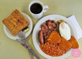 Week 14: London - the English breakfast. Enough said.