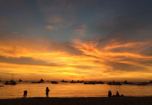 Week 49: Boracay - sunsets on Boracay are magic
