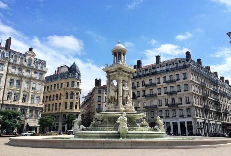 Lyon plaza