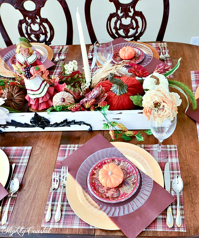 Paper-Tablescape-Thanksgiving-Budget-Friendly-Sllightly-Coastal-16