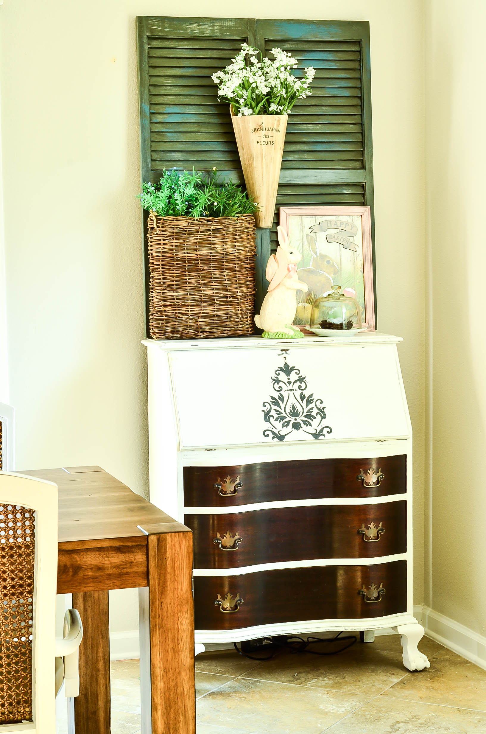 I Painted My Secretary Desk And Dressed It For Spring With A Fresh Easter  Vignette And