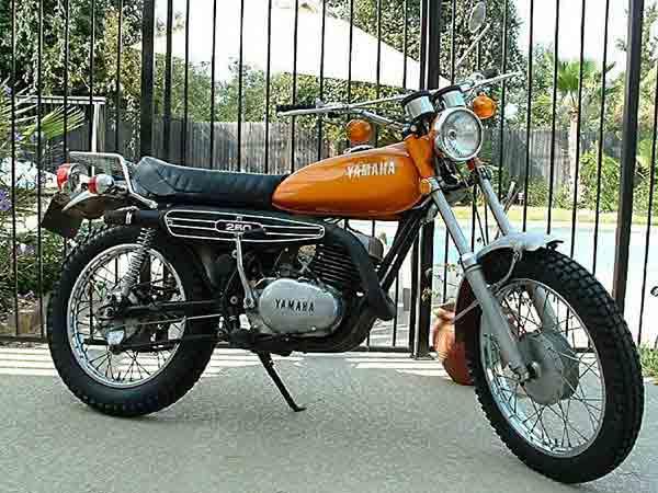 1969 Yamaha Enduro    100      hobbiesxstyle