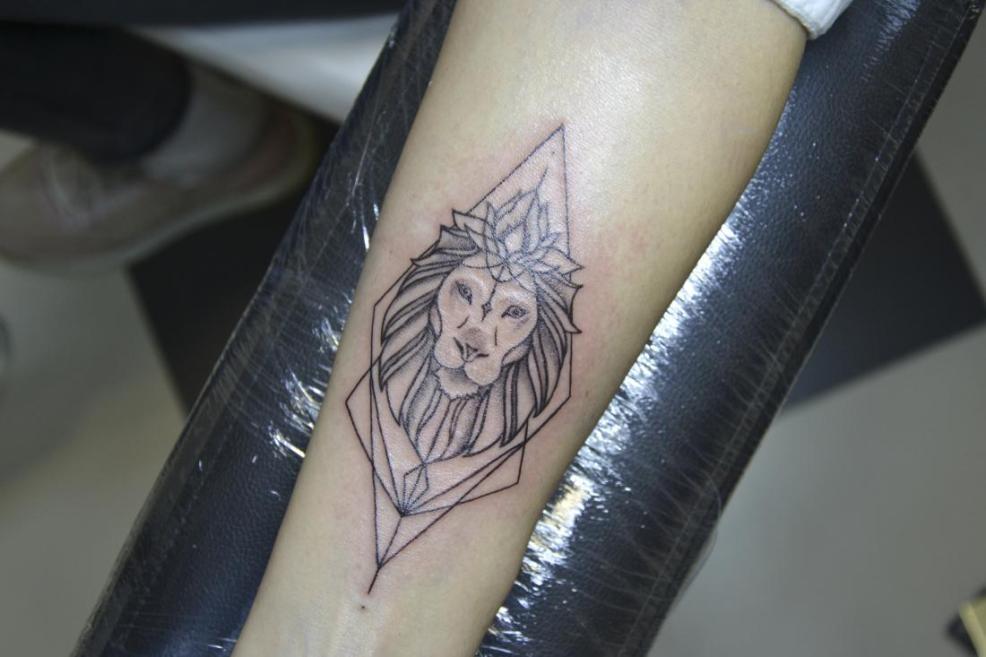 татуировка перекрытие тату от 40 руб в центре красоты и татуировки лея