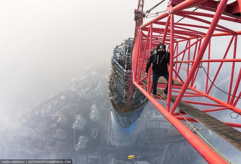 shanghai-tower-climb-pictures-vadim-makhorov-8