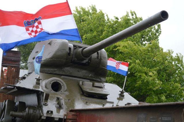 tenkovi turizam turisti ravni kotari udruga tenkista branitelji poduzetnici