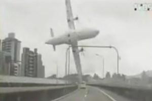 Tajvanski zrakoplov srušio u rijeku