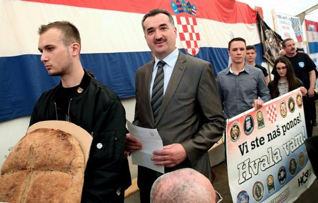 hčsp mimohod potpore braniteljima savska 66 hrvatska čista stranka prava
