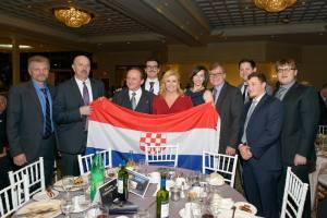 kolinda, zastava, hrvatski povijesni grb, kanada