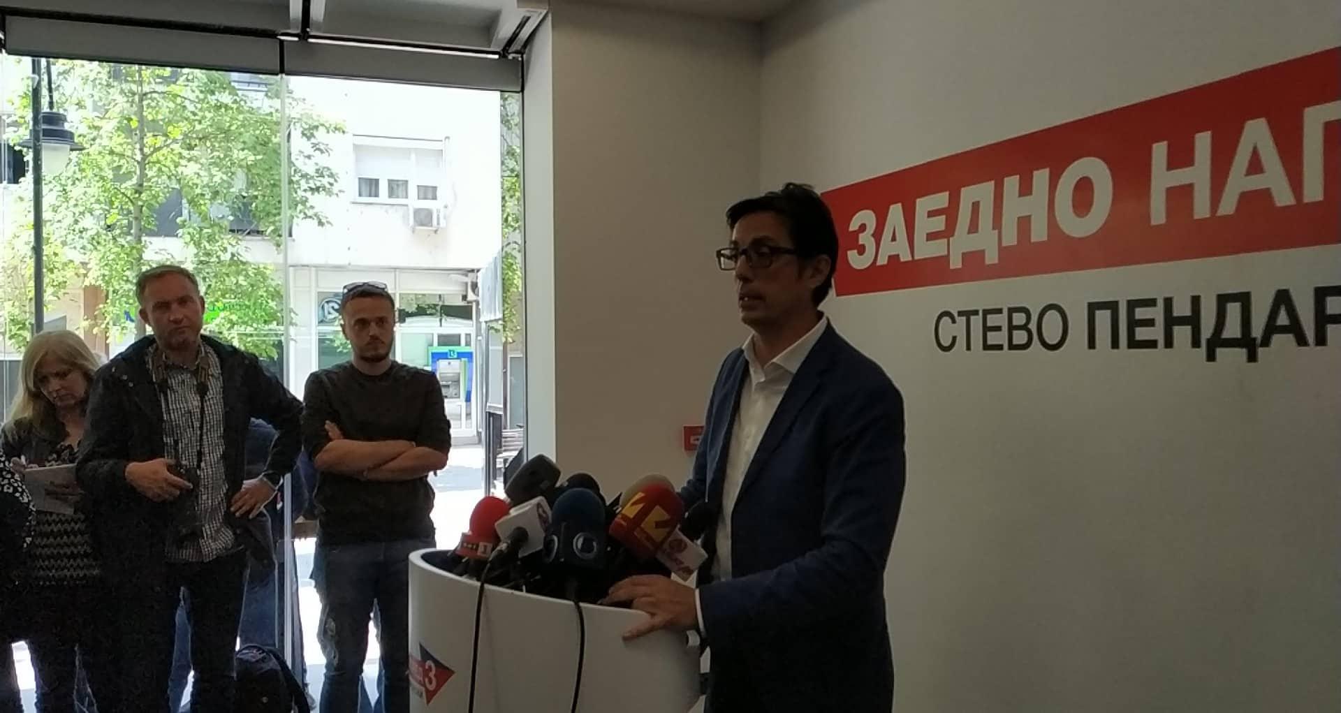 Пендаровски од Велес ги повика граѓаните на петти мај да го заокружат бројот три