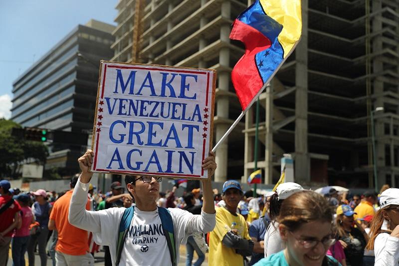 Потпретседателот на Парламентот во Венецуела е ослободен од затвор