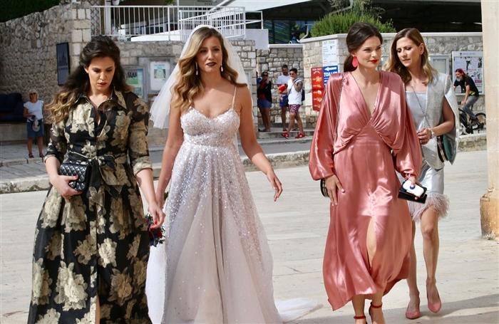 Иво Санадер не дојде на свадбата на ќерка му (ВИДЕО)