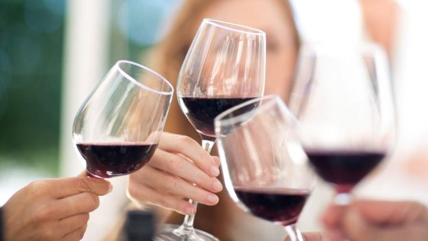 Овој ресторан ќе биде популарен: Испиле вино од 5.000 евра, а платиле само 350