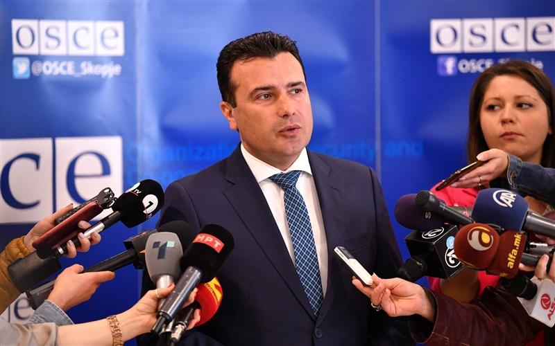 Заев: Ќе смениме повеќе од тројца министри, нема причина за моја оставка