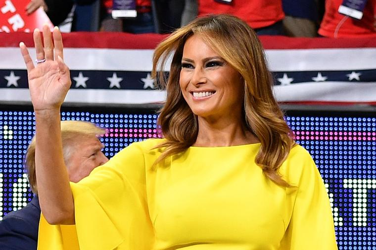 Неодоливо впечатлива: Меланија Трамп заблеска во жолто