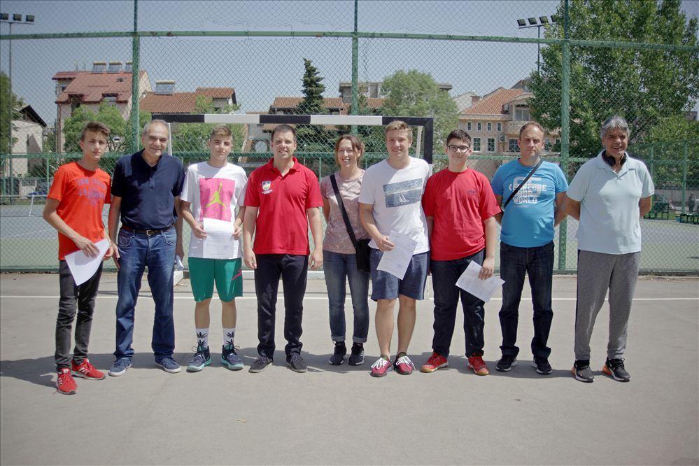 Карпош ги награди најуспешните ученици-спортисти